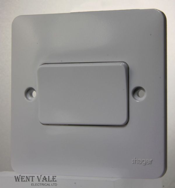 Hager Sollysta White Moulded - WMPS16W - 10a Intermediate Wide Rocker Switch